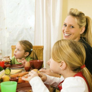Family meals could help to tackle obesity
