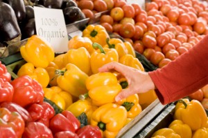 A new study has found that eating fruit and vegetables could reduce the risk of heart disease. Image Credit: Thinkstock