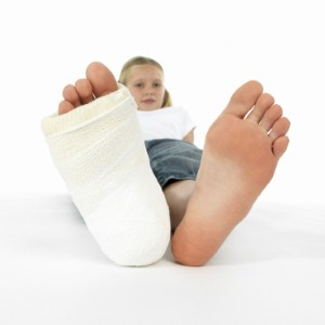 Under-18s in the north of England are more likely to suffer a broken bone than those in the south, according to new research. Image: iStock/Kameel