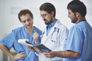 UK doctors have been issued with new guidance on discharging patients from hospital. Image: shironosov via iStock