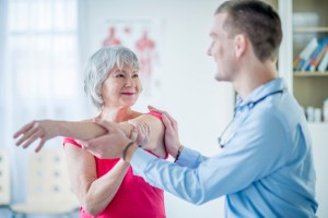 A new report has shown that many patients are missing out on life-improving treatment because of limited access to physio specialists. Image Credit: Christopher Futcher via iStock