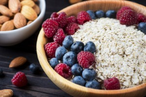 Increasing oat consumption can help to lower cholesterol levels, according to new research. Image: malyugin via iStock