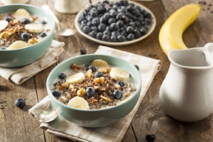 Never skipping breakfast and planning other meals can help to prevent a persons risk of heart disease, according to new research. Image: bhofack2 via iStock