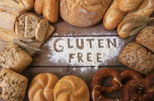 People who stop eating gluten for no medical need may be increasing their risk of type 2 diabetes, according to a new study. Image: minoandriani via iStock