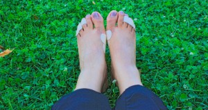 Faster referral to specialists for diabetic foot care is needed to improve outcomes for patients in the UK, according to a new report. Image: PhotoVerkaufer via iStock