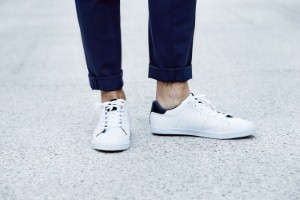 Wearing shoes without socks significantly increases the risk of athletes foot, podiatrists have warned. Image: SanneBerg via iStock